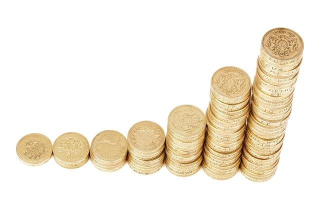 Banky porůstu sazeb ČNB začaly zvedat úročení spořících účtů