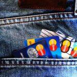Češi mají mít do budoucna možnost platit kartou na více místech
