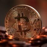 """Past na naivní investory, na obzoru je """"půlení"""" bitcoinu"""