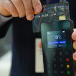 Změny vbankovním sektoru jako hnací motor bezhotovostních transakcí