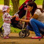 ČSSD bude chtít přidat na mzdy, rodičovskou čivýbavu policie