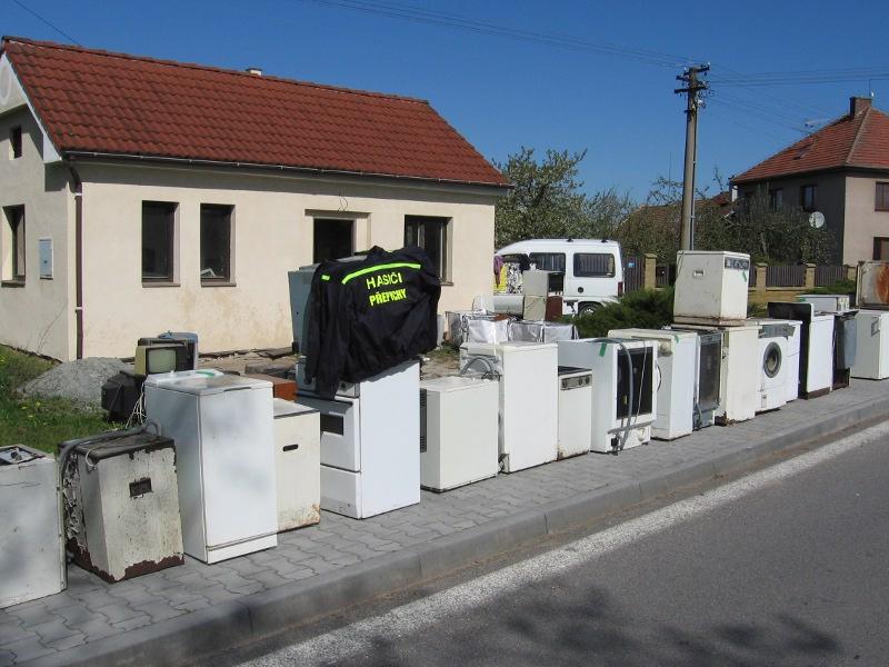 Už patnáct set hasičských sborů pomáhá recyklovat staré elektro