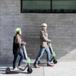 Poradna: Sedmero zásad bezpečné jízdy na koloběžce