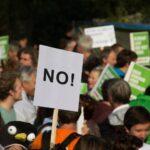 Šéf svazu průmyslu se omluvil demonstrantům za své výroky