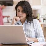 Lidem dlouhodobě pracujícím z domova dramaticky klesá motivace a produktivita